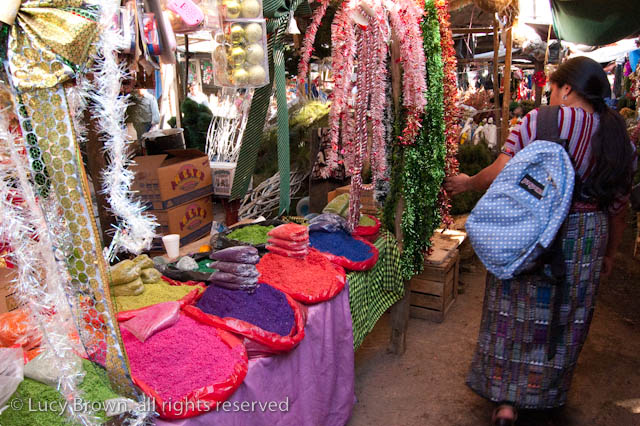 It's definitely worth an idle browse for an insight into some of Guatemala's  Christmas traditions and to feel the season's spirit far away from home. - Guatemalan Christmas Decorations Loca4motion