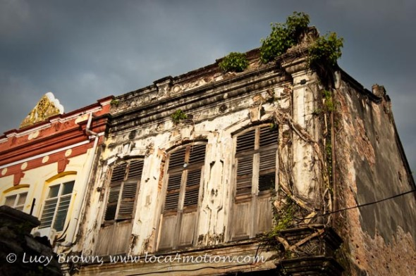 Crumbling old building, George Town, Penang, Malaysia
