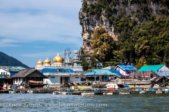 Mosque and floating houses, Koh Panyee (Ko Panyi), Phang Nga Bay, Thailand